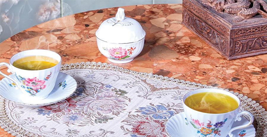 فروش ویژه چای های خالص و گرمی نیوشا